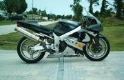 2001 Suzuki : GSX-R Miles: 7480 Engine Size (cc): 1000